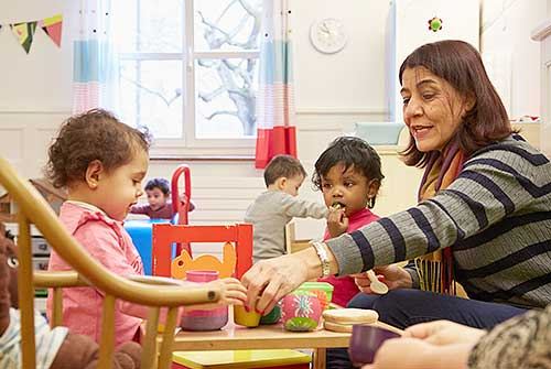 Nursery and playgroup with linguistic support